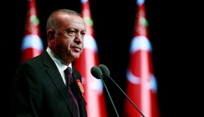 أردوغان يهدد بتنفيذ خطط خاصة بسوريا ويتهم أمريكا بدعم إرهابيين