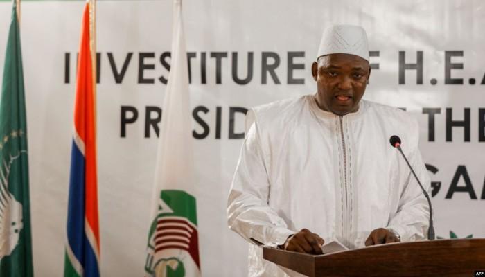 رئيس غامبيا يصل إلى الدوحة في زيارة رسمية