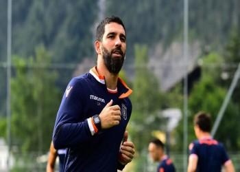 محكمة تركية تصدر حكما بحبس لاعب برشلونة السابق 3 سنوات