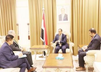 حكومة هادي: استمرار الدعم الإماراتي للتمرد بعدن لن يحل الأزمة