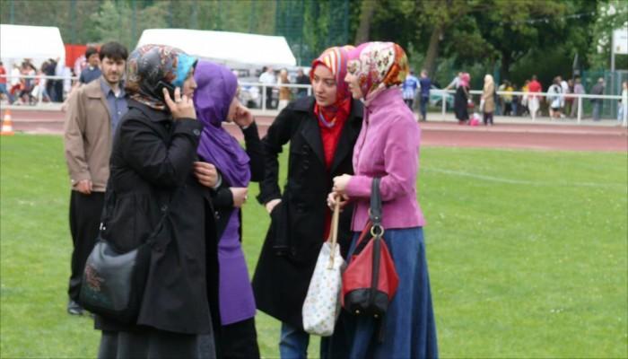بعد الابتدائية.. النمسا تستهدف حظر الحجاب بمدارس الثانوية