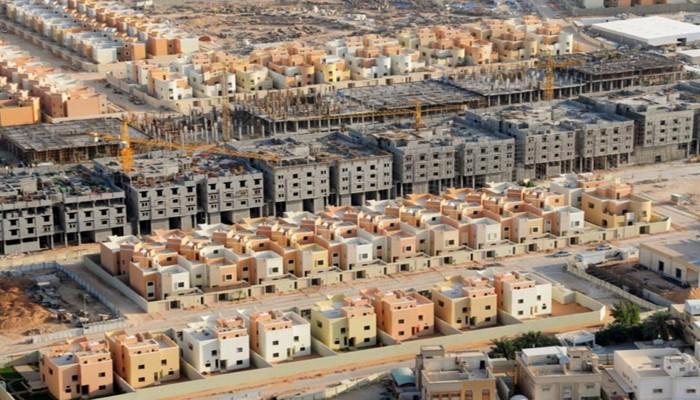 تسليم نحو 10 آلاف أرض مجانية للسعوديين خلال شهر