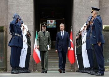 وزيرا دفاع تركيا وإيران يبحثان القضايا الأمنية والدفاعية