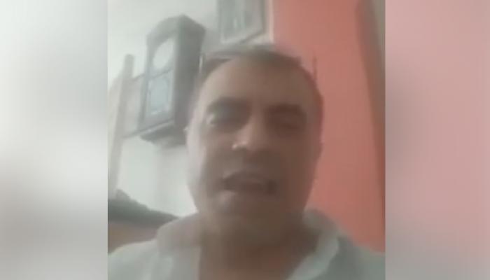 محمد علي جديد.. ضابط شرطة سابق يتوعد بثورة على السيسي في مصر