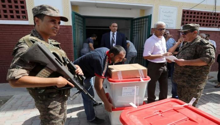 تقدم سعيد والقروي بعد فرز 71% من أصوات رئاسيات تونس