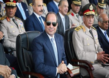 مصادر لا تستبعد إطاحة السيسي  بوزير الدفاع محمد زكي