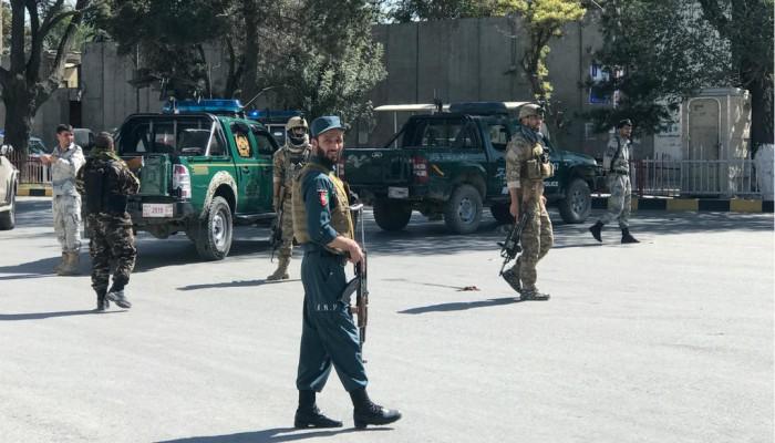 24 قتيلا بتفجير استهدف تجمعا انتخابيا للرئيس الأفغاني
