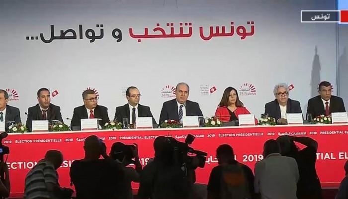 رسميا.. قيس سعيد ونبيل القروى يتأهلان لانتخابات الإعادة برئاسيات تونس