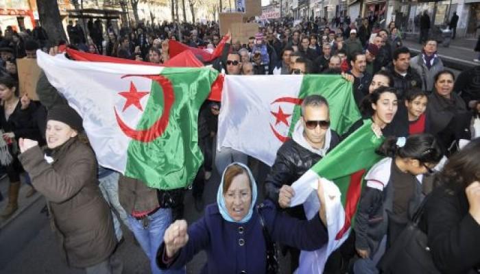 على غرار يوليو.. توقعات بفشل انتخابات ديسمبر في الجزائر