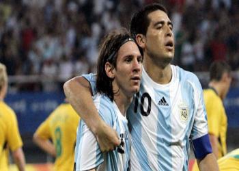 ريكيلمي يدعو ميسي لارتداء قميص بوكا جونيورز الأرجنتيني