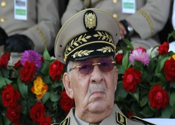 أوامر للجيش الجزائري بمنع المتظاهرين من دخول العاصمة