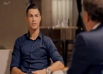 لماذا يبحث رونالدو عن نادلة في أحد مطاعم البرتغال؟