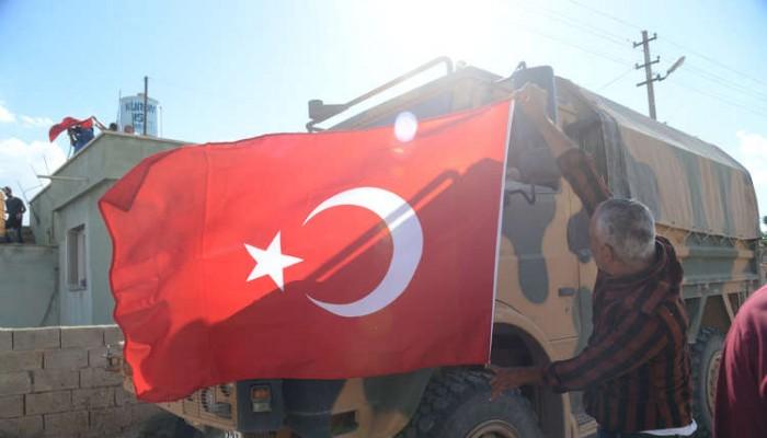 تركيا ترسل أطباء إلى الحدود مع سوريا استعدادا لتوغل محتمل