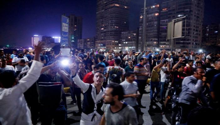 احتجاجات مصر الصادمة.. لماذا استجاب المصريون لدعوات محمد علي؟
