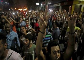 حبس 136 مصريا بتهمة التظاهر ضد السيسي