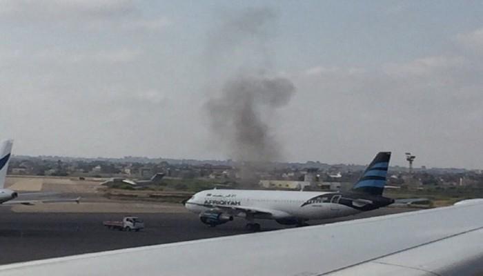 """""""الوفاق الليبية"""": طيران إماراتي مسير يستهدف مجددا مطار معيتيقة"""