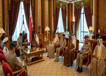 ولي عهد البحرين يلتقي مستشار الدفاع للشرق الأوسط بالمملكة المتحدة