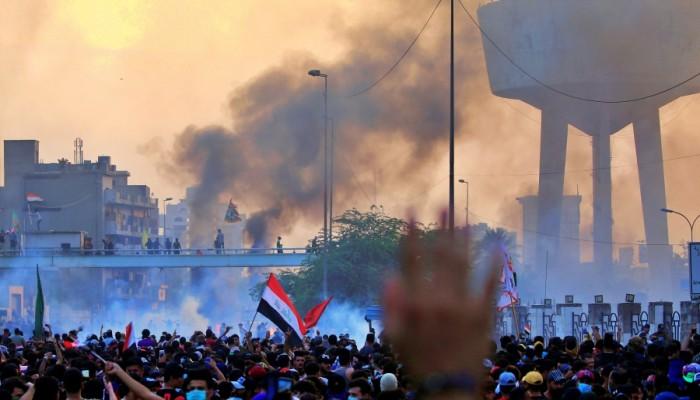 مظاهرات العراق تتسع.. وحصيلة القتلى تصل إلى 19