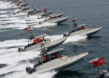 إيران ترصد تحركات أمريكية في الخليج وتهدد بالرد
