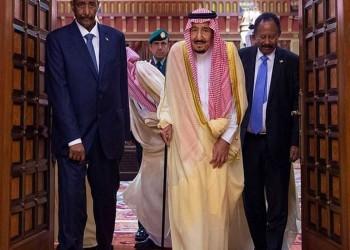 الملك سلمان يستقبل البرهان وحمدوك.. ماذا دار بينهم؟