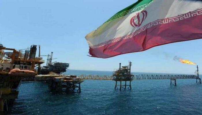 طهران تعترف: العقوبات أدت لتراجع قطاع النفط لكننا سنقاوم