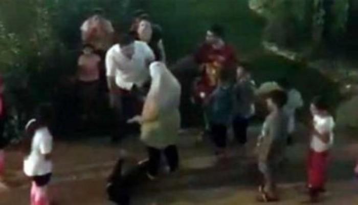 السلطات التركية تعاقب مواطنا صفع طفلا أردنيا بعنف