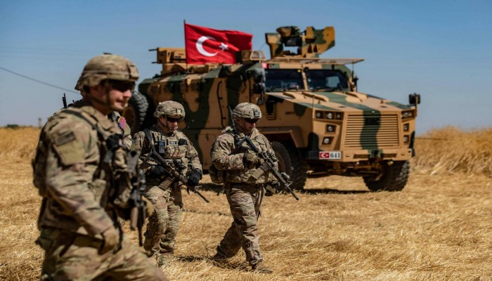 قسد الكردية تحذر من كارثة إنسانية شمالي سوريا بسبب التدخل التركي