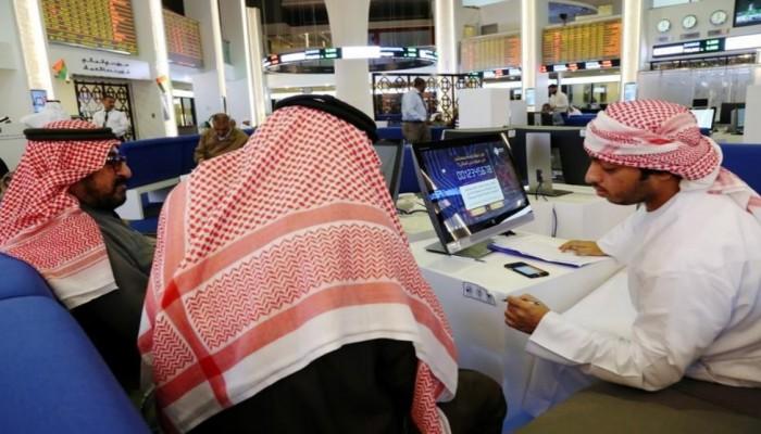 أسهم السعودية تتراجع لأدنى مستوى في 11 شهرا
