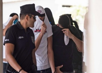 بريطانية تؤكد اغتصابها من 12 إسرائيليا بقبرص.. وتتهم الشرطة بالتواطؤ