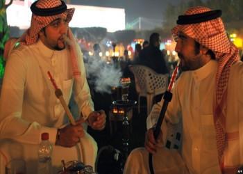 تجمع العاطلين.. وسم يكشف معاناة الشباب السعودي