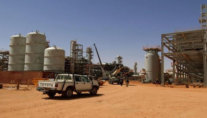 قانون محروقات يثير مخاوف إهدار ثروة الجزائر النفطية