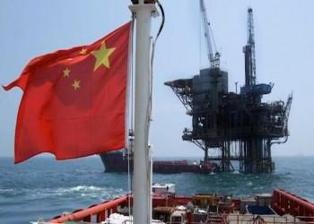 أسعار النفط تتراجع متأثرة بأبطأ وتيرة نمو صيني خلال 3 عقود