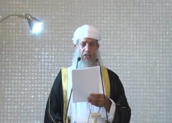 رفع الأذان ومات بالمحراب.. تشييع إمام جامع السلطان قابوس