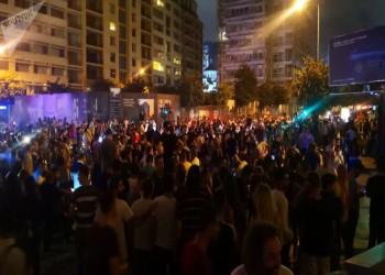 لبنان.. مواجهات بجوار مقر الحكومة وإغماءات بين المحتجين