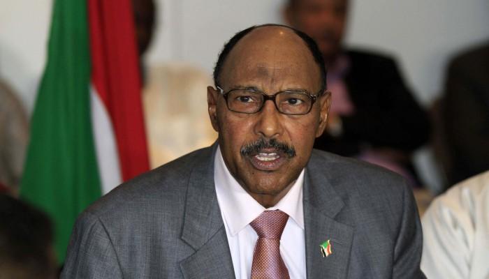 وزير سوداني سابق يؤكد استلام البشير أموالا من بن سلمان