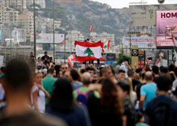 فيسك: متظاهرو لبنان غاضبون لأنهم فقراء وجوعى