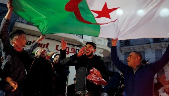توقعات بارتفاع الاحتياطي الأجنبي بالجزائر لـ50 مليار دولار