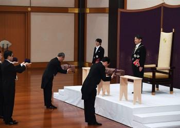 إمبراطور اليابان ناروهيتو يعتلي العرش الثلاثاء خلال مراسم بالقصر الإمبراطوري