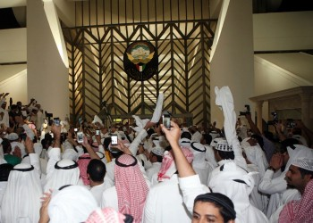 الكويت.. غموض حول عودة 3 نواب سابقين محكومين