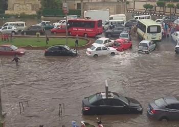 الحكومة المصرية: غرق المدن جراء الأمطار سيتكرر لهذا السبب