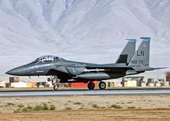أمريكا تنشر مقاتلات F-15E في قاعدة الظفرة الإماراتية