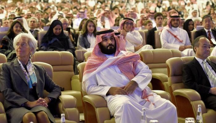 السعودية تطلق أجندة دافوس الصحراء قبل يوم من انطلاقه