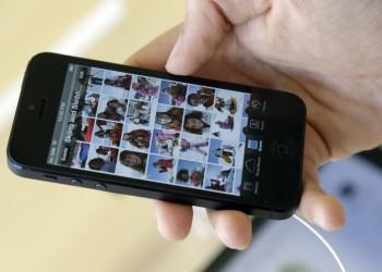 آبل تطالب مالكي آيفون 5 بالتحديث وإلا فلن يتصلوا بالإنترنت