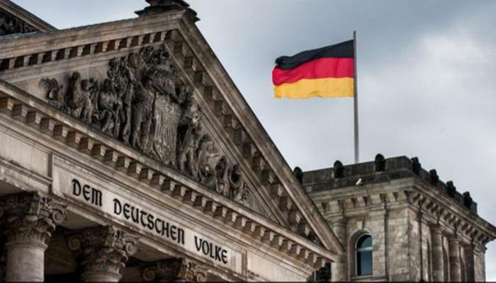 ألمانيا تعد لأول محاكمة لمسؤولين سوريين سابقين بتهمة التعذيب