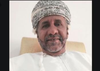 كاتب عُماني يدعو لمقاطعة منتجات الإمارات