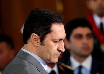 علاء مبارك يسخر من محاكمته ويتحدث عن عبث وتزوير