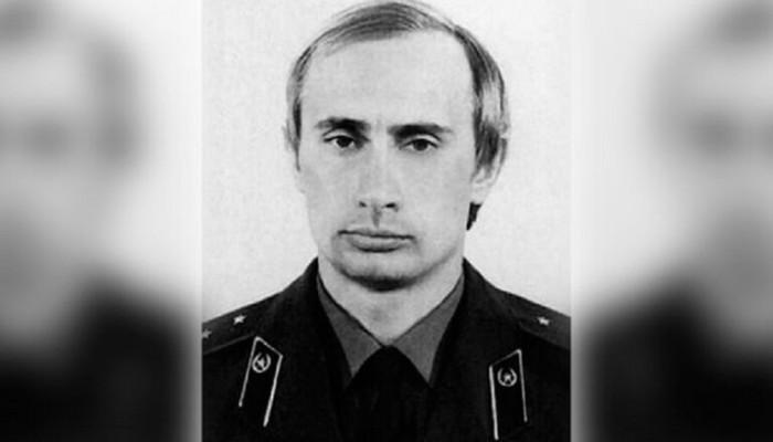 """كيف قيمت الاستخبارات الروسية """"بوتين"""" أثناء خدمته في صفوفها؟"""