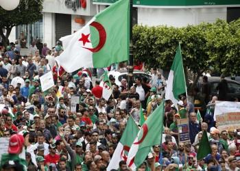 حزب بوتفليقة للمرة الأولى على مقاعد المتفرجين في رئاسيات الجزائر