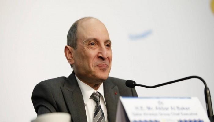 رئيس الخطوط القطرية يقول إن الشركة لن تشتري حصة في إنديجو