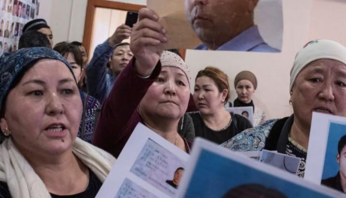 الصين ترغم نساء الإيغور على النوم مع المراقبين الحكوميين